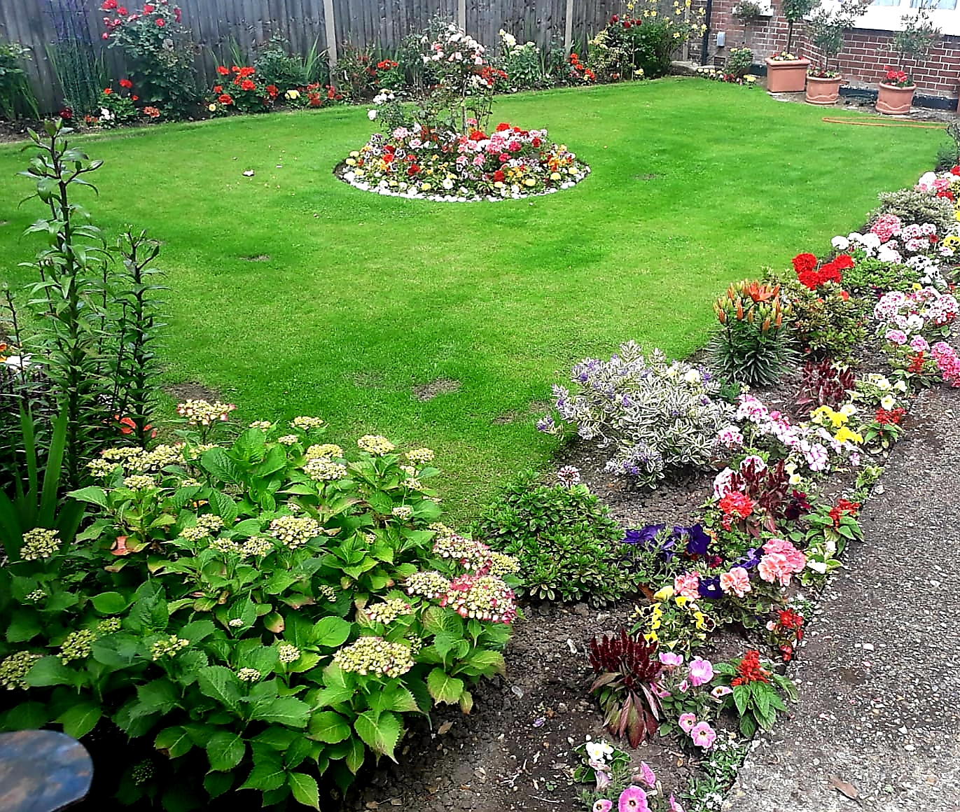 image of the garden