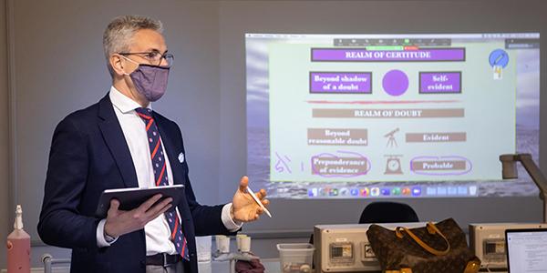 Headmaster Leads Seminar