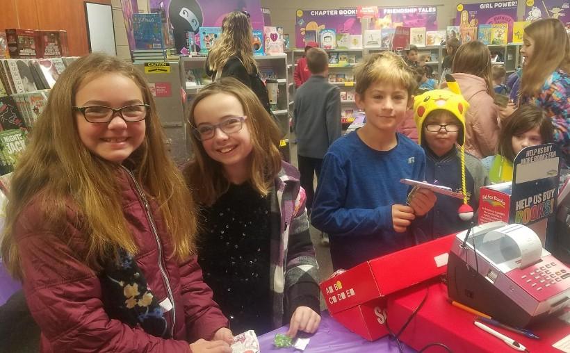 kids at the book fair