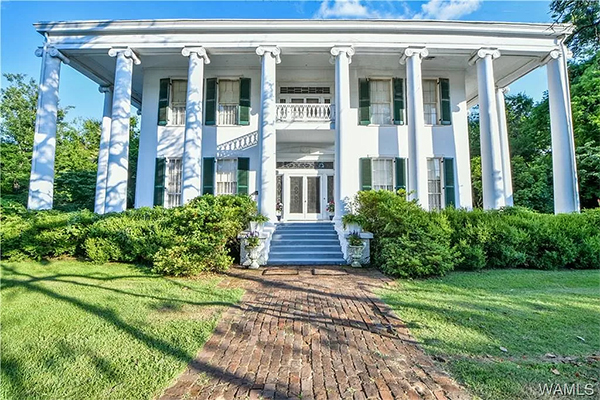 Southern historic mansion
