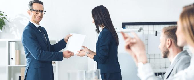 (Ne)finančno nagrajevanje - učinkovito motiviranje zaposlenih