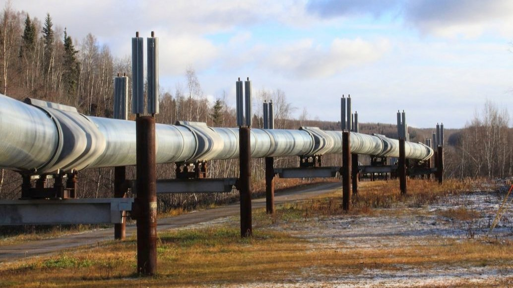 pipeline running aboveground