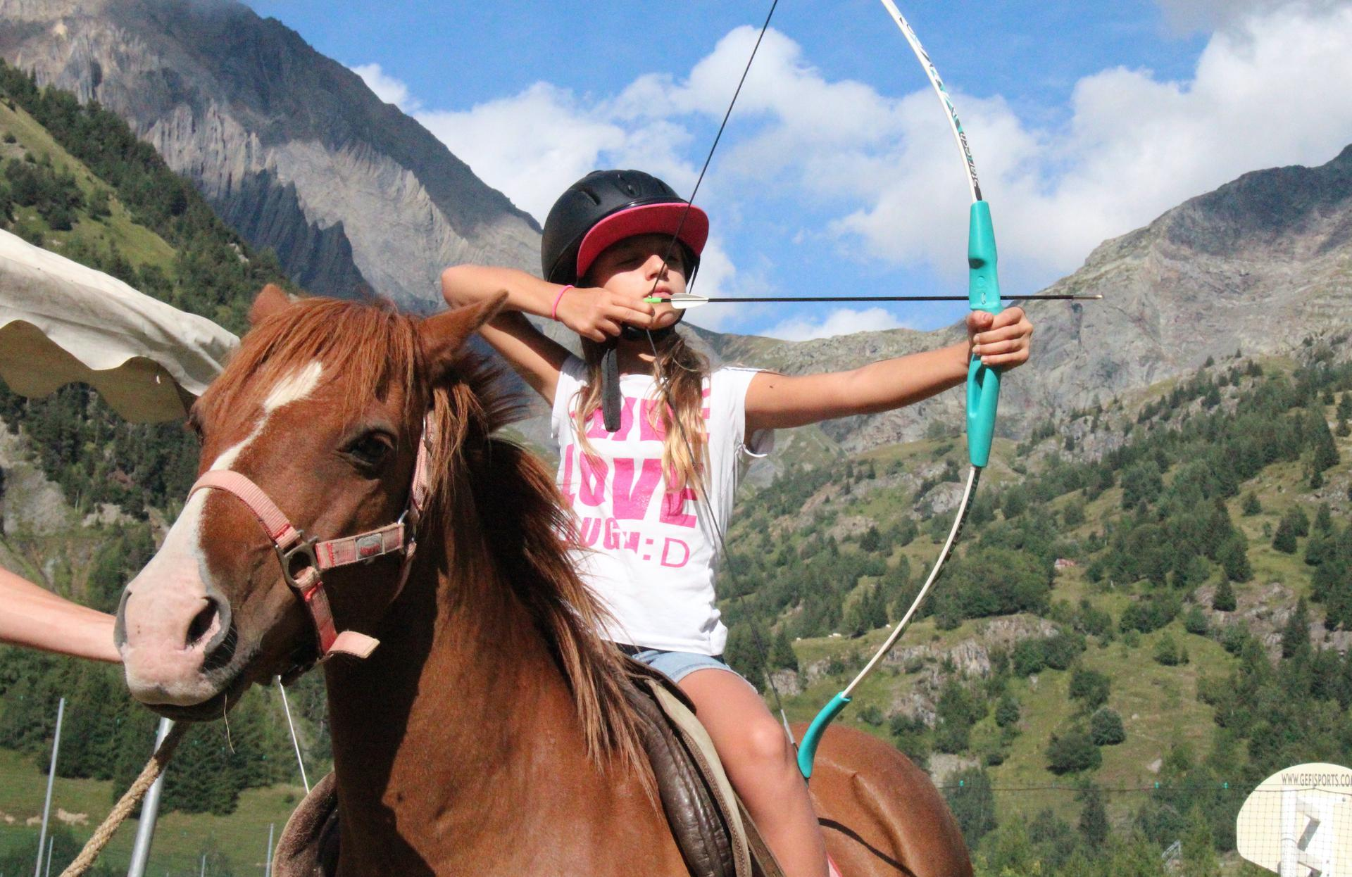 Vacances d'été : Vaujany, un  paradis en Isère Tir%20a%CC%80%20l%27arc_Collet_04_5
