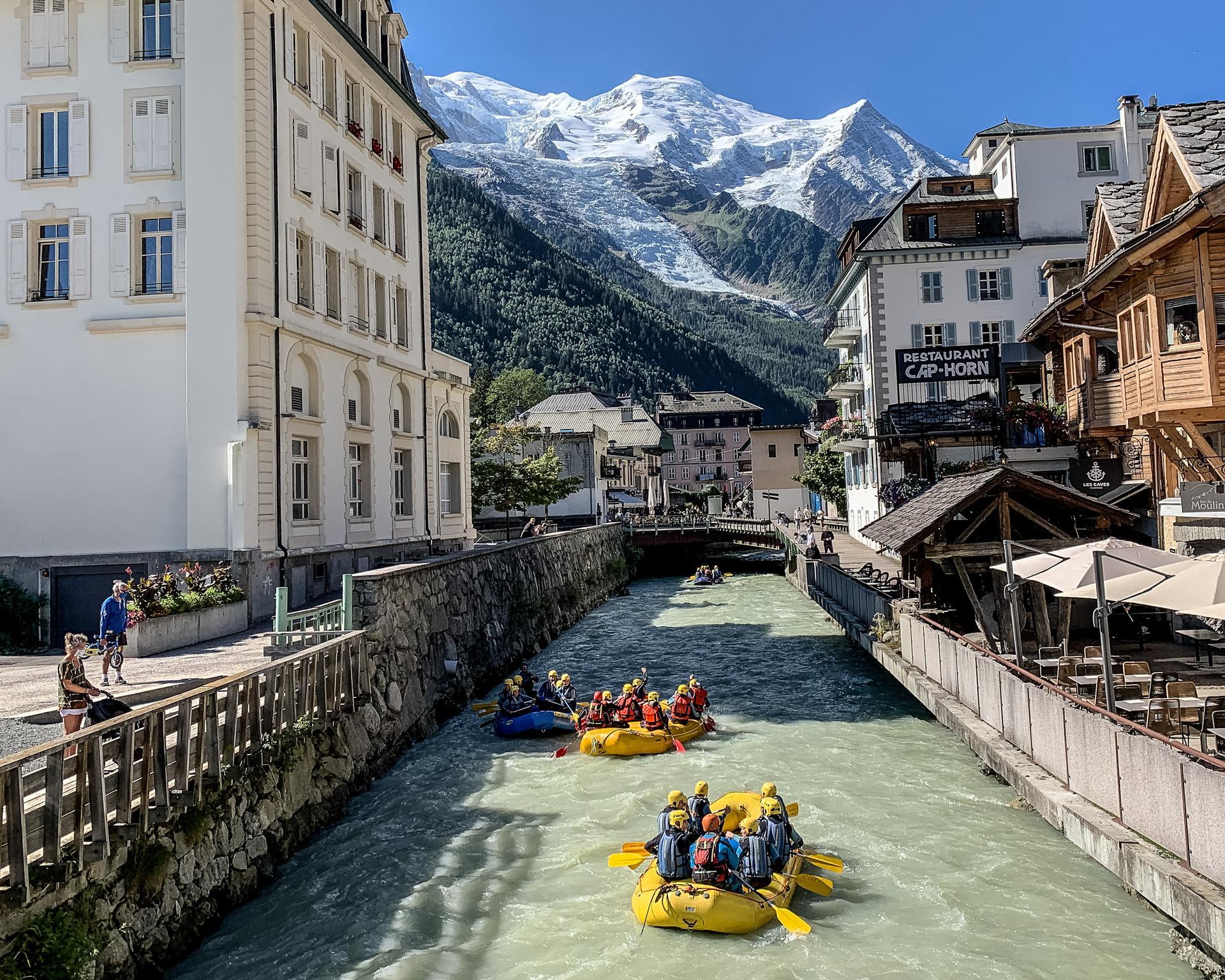 Montagne : la Vallée de Chamonix offre 35 activités aux vacanciers résident sur place ! Rafting-----OT-Chamonix-Morgane-Raylat%282%29