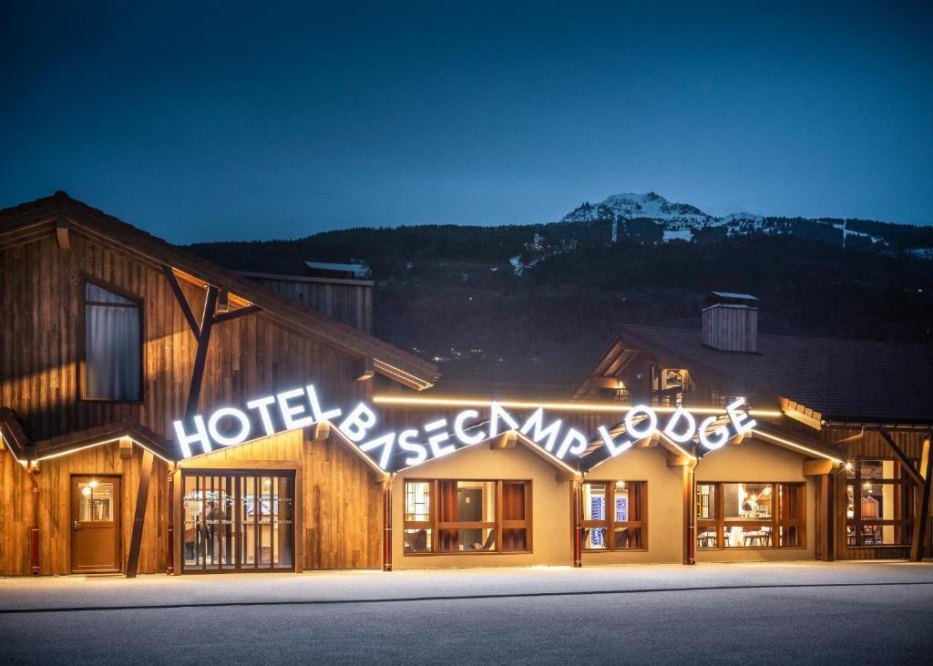 Xplore Alpes Festival : l'été indien en Tarentaise ! Base%20camp%20lodge